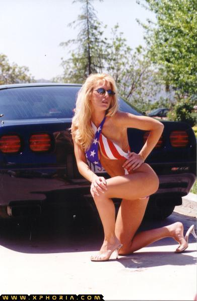 BabeStop - World's Largest Babe Site - stars_stripes112.jpg